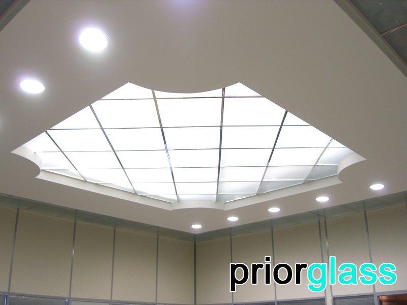 Потолочное окно из матового стекла от Приоргласс - фото
