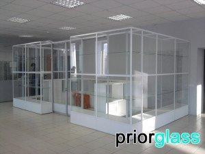 торговое оборудование из закаленного стекла