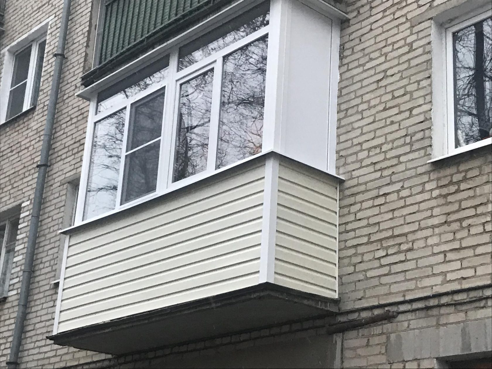 остекленный балкон хрущевки